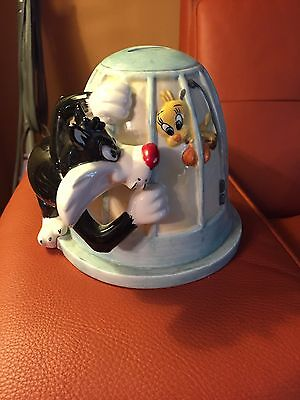 Looney Tunes Sylvester And Tweety Birds Ceramic Coin Bank
