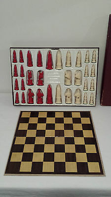 Vintage 'Gallant Knight' Kingsway Florentine Chess Set Box Board Red & Ivory