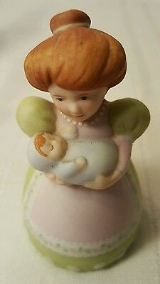 1985 Avon Country Porcelain Mom baby Bell Source Of Fine Collections 1210