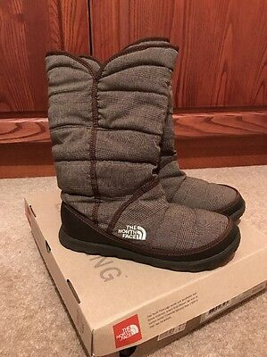 North Face Amore II Knit Apres Ski Boots Size 5 Brown Check