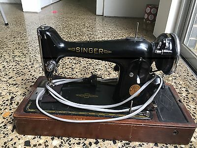 Vintage Singer Sewing Machine (Electric) with Wooden Case
