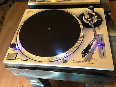 Technics SL-1200MK2 Turntable in a beautiful white finish and Blue Leds,