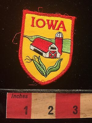 Iowa Patch ~ Red Barn Silo Corn 69WO