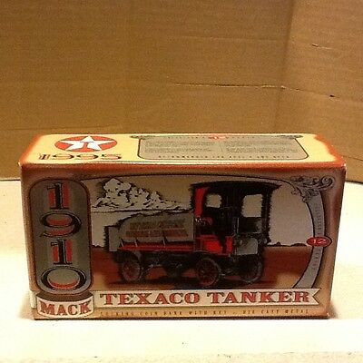 1910 MACK TEXACO TANKER Die-Cast Metal Bank/ New in box