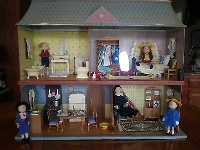 """Madeline 8"""" Dollhouse All Furniture 5 Dolls Accessories Extra Outfits Excellent!"""