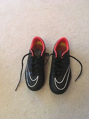 Astro Turf Football Boots Size 3.5 Black Nike