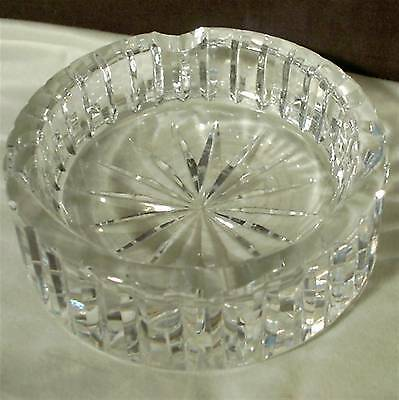 """Vintage Crystal Glass Cigarette Ashtray Round 3.5"""" x 1.25"""" Giftware Star Pattern"""