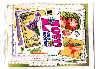 Flowers On Stamps Selection x 100. Mint/Used/CTO.  #867