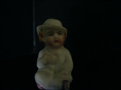 """Vintage  Little  Girl   Cake  Decoration  /  Snow  Baby   Height  1.1/2""""  Inches"""