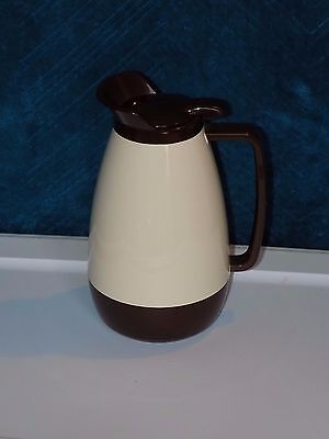 Vtg. THERMO-SERV 1 Litter Coffee Carafe Brown & Beige - Excellent Cond. (cc25)