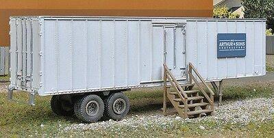 Walthers SceneMaster - Construction Site Storage Trailer -- Kit - HO