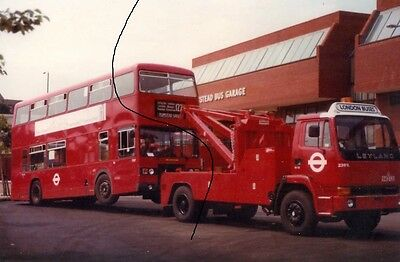 Bus Photo Picture,london Transport Photograph,leyland Tow Truck+Titan Plumstead.