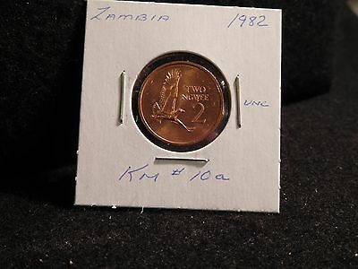 ZAMBIA:   1982      2 NGWEE    COIN     (UNC.)    (#3713)  KM # 10a