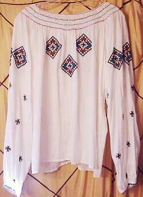 1940s Hand Embroidered Hungarian peasant blouse hippy medium