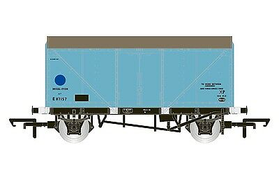 Hornby BR Blue Spot Fish Van Blue Livery R6759