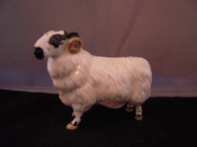 Beswick Ram Lovely Condition - 4.5 in long and approx. 3.5 in tall.