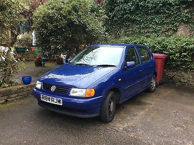 1998 VOLKSWAGEN POLO 1.4 CL BLUE over 7 months MOT BUT NEEDS SOME WORK TO DRIVE.