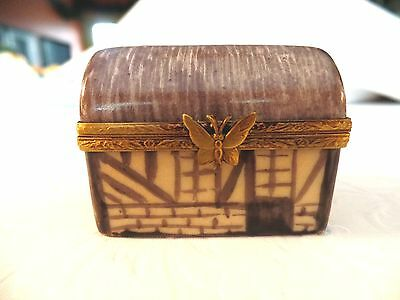Limoges Box, Barn Theme With A White Lamb Inside