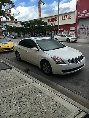 2009 Nissan Altima Leather 2009 USED White Nissan Altima 2.5 SL auto trans cold A/C leather interior