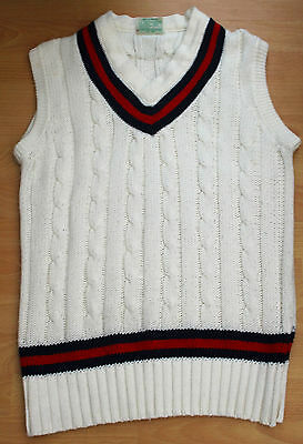 Short-sleeved cricket sweater, size M
