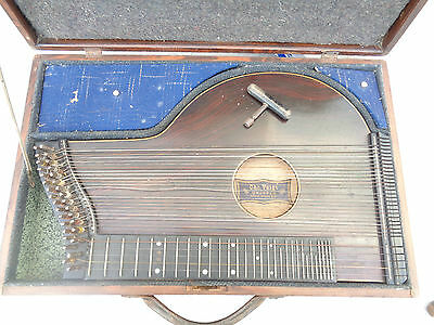 Alte Zither Chr. Voigt