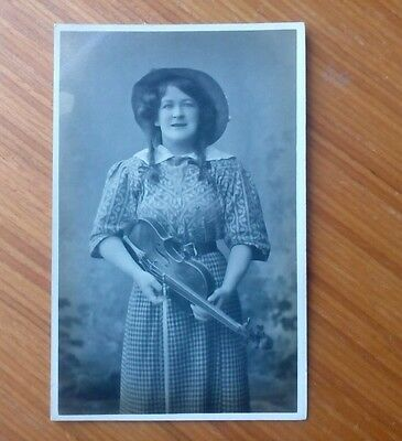 Vintage* Young Lady with Violin and Bow. Maudie Cliff, Soprano & Violinist.