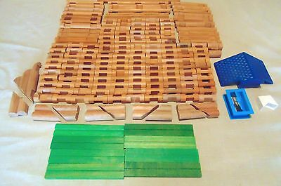 Huge Lot of 179 LINCOLN LOGS Building Toys Wood Plastic Mixed Lot