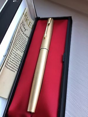 Vintage Parker 65 Fountain Pen 12ct Rolled Gold Cirrus Pattern in Box