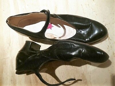 VINTAGE SHOES 38 - character dance/designer 20's styled: all leather button WOW!