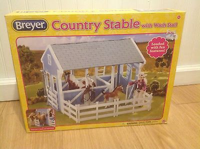 Bryer Country Stable With Wash Stall, With Box, Never Played With,  In Packs