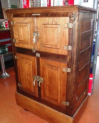 ANTIQUE EARLY 1900s GENERAL ELECTRIC 'GE' CONVERSION ICE BOX REFRIGERATOR, OAK