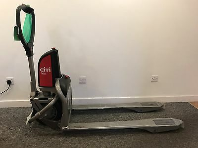 BRAND NEW LINDE Citi Electric Pallet Truck, 500kgs Capacity 550x1150 inc charger