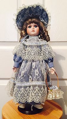 Genuine haunted Porcelain Doll- Maxine- Beautiful Alberon Collectors Tangible