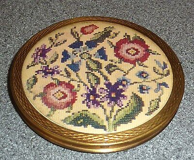 Vintage Crochet / Tapestry Effect Compact *rare*