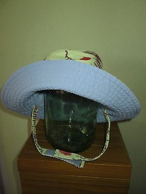 PATAGONIA child's M boy girl hat reversible brimmed bucket sun hat fish Cute!