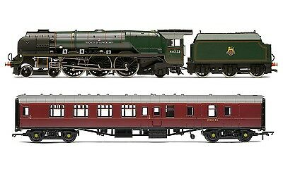 Hornby LMS 'Duchess of Sutherland' & Support Coach  R3221 - Free Shipping