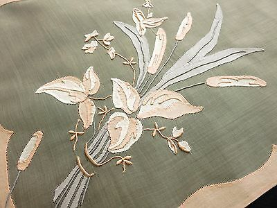 CAT TAILS, FLOWERS Vtg Madeira Embroidery 17 pc Placemats Napkins Runner Organdy