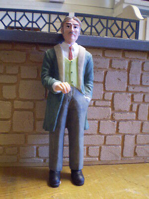 Dolls house figure 1/12th scale poly/resin Vic.man standing