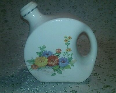 Universal Cambridge Disk Water Jug or Pitcher with Spout Lid Vintage