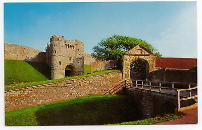 Postcard  - Carisbrook Castle, Isle of Wight.   Island  No.2425.  Not posted.