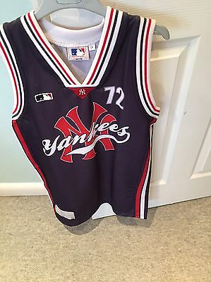 Boys NBA New York Yankees Vest. Large Boys