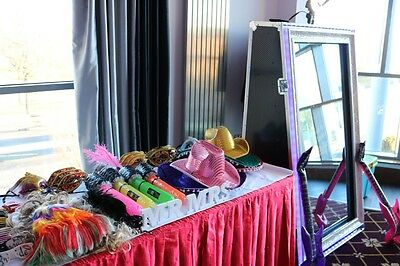 photo booth hire, selfie mirror hire, magic photo booth hire