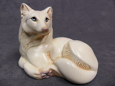 Windstone Editions * Pebble Wolf - Ivory Color * Wildlife Figurine Statue Figure