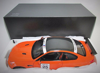 "Kyosho BMW M3 GTS e92 ""25"" orange / carbon roof 1/18 limited no tuning"