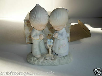 1976 Precious Moments Prayer Changes Things Praying Boy And Girl E-1375/B