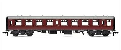 Hornby - R4643 BR MK1 TOURIST SECOND OPEN COACH 'M 4781' Brand New&Boxed