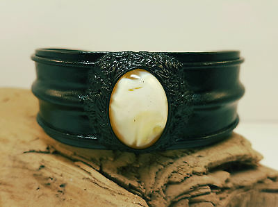 Bracele Natural Baltic Amber Stone 14,6g Butterscotch Real Leather Black A-426