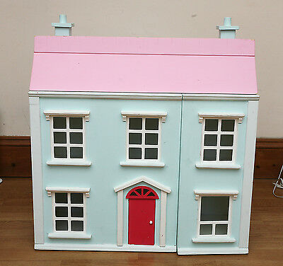 Wood Dolls House Complete with Furniture and Dolls