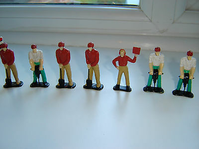 Joblot Retro Workmen Figures + Signs For Use With Model Sets Scalextric Roadwork