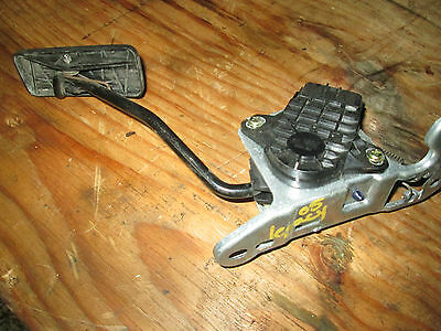 05-06 Subaru Legacy Gas Pedal Assembly 36010Ag021 / 198800-0121 / 02G02
